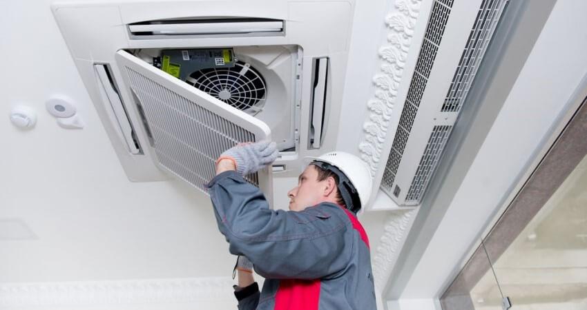 Servicio de limpieza de conductos de aire acondicionado